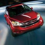 czerwony samochód - nauka jazdy