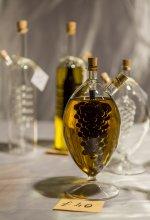 olej w dekoracyjnej butelce